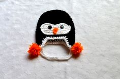 Newborn Hat. Crochet Penguin Hat. Christmas Photography Props