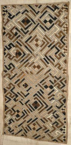 Africa   Old Kuba Raffia - Shoowa - Kasai Velvet – DR Congo   Mid 20th century.