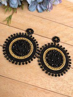 Jewelry Design Earrings, Beaded Jewelry Designs, Gold Earrings Designs, Jewelry Patterns, Etsy Earrings, Fashion Earrings, Handmade Wire Jewelry, Earrings Handmade, Black Jewelry