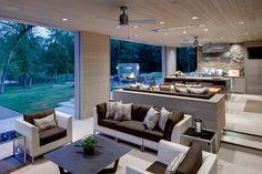 Louisiana Estate contemporary-patio