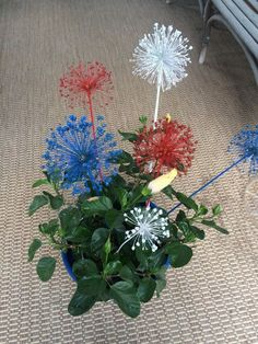 fast free fun of july decor , crafts, patriotic decor ideas, seasonal holiday decor July Crafts, Summer Crafts, Holiday Crafts, Holiday Decor, Decor Crafts, Home Crafts, Crafts For Kids, Gold Spray Paint, 4th Of July Decorations