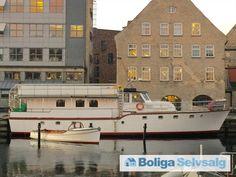 Strandgade 102, 1401 København K - Husbåd i Christianshavns kanal #husbåd #kbh #københavn #christianshavn #selvsalg #boligsalg #boligdk