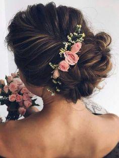 10 Beautiful Wedding Hairstyles for Brides - Femininity Bridal Hairstyle Ideas, Frisuren, Chic Updo Hairstyles for Wedding - Bridal Hair Styles. Wedding Hairstyles For Long Hair, Wedding Hair And Makeup, Wedding Updo, Formal Hairstyles, Bride Hairstyles, Bridal Hair, Hair Makeup, Flower Hairstyles, Boho Wedding