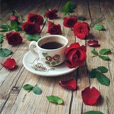 Delicadezas com Café e Flores