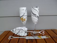 rustic camo wedding champagne glasses and personalized serving set in true timber snow camo
