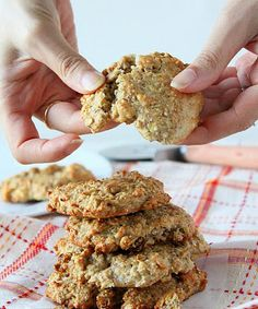 Banana Oatmeal Quinoa Raisin Muffin top cookies. vegan | Vegan Richa  Sub half almond half oat flour for wheat flour.