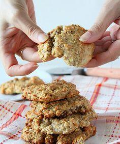 Banana Raisin Oatmeal-Quinoa Cookies - simple recipe to make a small batch of cookies