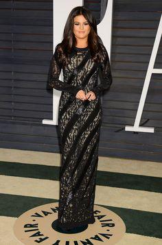 2.22.15  Selena Gomez in Louis Vuitton at 2015 Vanity Fair Oscar Party