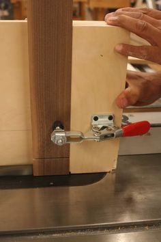One solution to the dodgey fence that came with my ryobi table saw shop made woodworking jigs wooden jigs keyboard keysfo Image collections