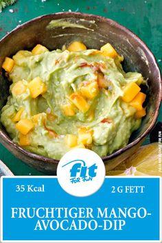 Fruchtiger Avocado-Dip mit Mango. Perfekter als Brotaufstrich oder Dip! #Avocado #Brotaufstrich #Dip #Fitfood