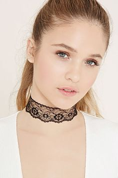 Floral Lace Choker~ Would make an easy DIY!