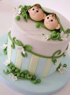 ideas for baby shower cake twins pea pods Pretty Cakes, Cute Cakes, Beautiful Cakes, Amazing Cakes, Twin Baby Shower Cake, Baby Shower Cake Designs, Rodjendanske Torte, Gateau Baby Shower, Twin Birthday Cakes