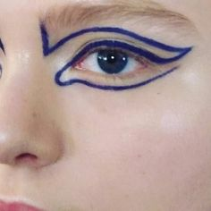 blue graphic liner