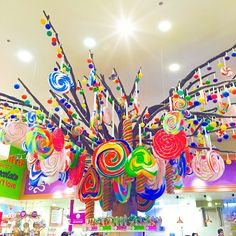 All jiggly like a kid!! :) #Candylicious #Dubai #SweetTooth