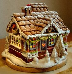 WOW.    Gingerbread house:   You're doin' it right!