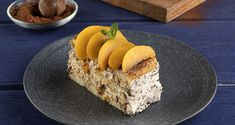 Peach and chocolate icebox cake by the Greek chef Akis Petretzikis. An easy recipe for a refreshing dessert with peach, cream, and ladyfingers! Icebox Cake Recipes, Refreshing Desserts, Nutrition Chart, Processed Sugar, Good Fats, Raw Food Recipes, Easy Meals, Sweets