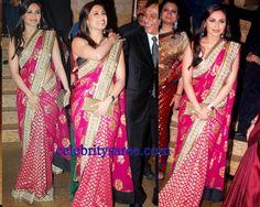 Rani Mukherjee in Designer Saree at Shilpa Shetty's Wedding Reception Shilpa Shetty Saree, Indie Mode, Big Fat Indian Wedding, Banarasi Sarees, Pink Saree, Wedding Pics, Wedding Reception, Indian Outfits