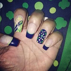 Trefoil Polka Dot Scarf Inspired Nails! #GirlScoutsStyle