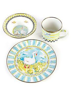 All of my gchills will each have their own specific dinnerware, they can pick it out and they will have it at each dinner to eat from.  Every child should have something that is only theirs and plates and cups develop memories.  I will rock the glam thing!