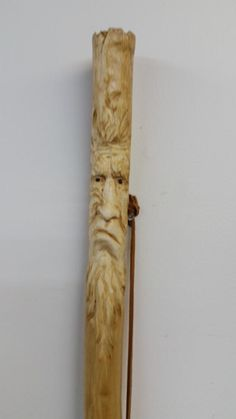 X Wood Carving Faces, Wood Carving Designs, Wood Carving Patterns, Wood Carving Art, Wood Carvings, Hand Carved Walking Sticks, Wooden Walking Canes, Walking Sticks And Canes, Whittling Projects