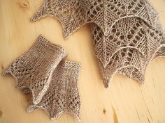 Ravelry: knittimo's champagne annis set