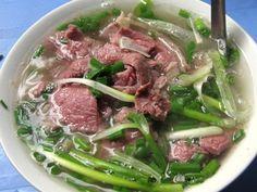 phở bò Pho Vietnam, Pho Bo, Beef Noodle Soup, Vietnamese Recipes, Vietnamese Food, Asparagus, Cabbage, Meat, Vegetables
