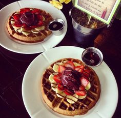 Waffels and Acai, why haven't we thought of this sooner!? Instagram @ obrigadocafe