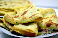 Příprava receptu Cuketové palačinky - vláčné, chutné a nadýchané, krok 8 Kefir, Pancakes, Breakfast, Ethnic Recipes, Food, Meal, Pancake, Eten, Meals