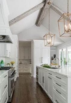 09 Best White Kitchen Cabinet Design Ideas