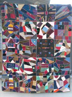 Antique Quilt Vintage Quilt Dated 1898 Victorian Quilt by rubisco Hand Quilting Patterns, Quilting Templates, Modern Quilt Patterns, Quilting Designs, Quilting Projects, Victorian Quilts, Antique Quilts, Vintage Quilts, Rustic Quilts