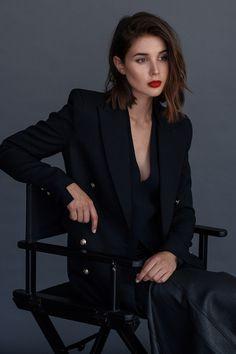 Sara Donaldson ( wears our 'Mineral Jacket' and ' Fashion Mode, Minimal Fashion, Look Fashion, 70s Fashion, Vintage Fashion, Red Lips Outfit, Look Retro, Australian Fashion, Hair Inspiration