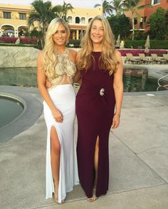 Former WWE Diva Kelly Kelly (Barbie Blank) with her mother in Cabo San Lucas for her wedding #WAGS #TotalDivas