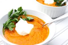 My Low-FODMAP Anti-Bloat and Anti-Inflammatory Healing Carrot Turmeric Ginger Soup is a wholesome soup that will sooth your stomach and keep you satiated. Fodmap Diet, Low Fodmap, Fodmap Foods, Fodmap Recipes, Healthy Recipes, Keto Recipes, Free Recipes, Paleo Meals, Healthy Foods