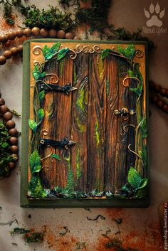 Journal with polymer clay cover Elven Door. With map from LOTR handmade… Polymer Clay Projects, Polymer Clay Creations, Polymer Clay Crafts, Polymer Clay Jewelry, Fimo Clay, Handmade Journals, Handmade Books, Handmade Ideas, Polymer Journal