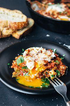 Roasted Anaheim Pepper Tomato Poached Eggs via Artful Desperado