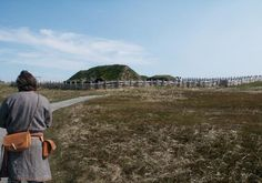 Vikings Built This Amazing Green-Roofed Village 1000 Years Ago! Newfoundland Island, Newfoundland Canada, L'anse Aux Meadows, Erik The Red, Digital History, Viking House, Viking Village, Site Archéologique, Amazing Greens