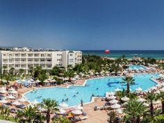 Hotel Vincci Marillia Dolores Park, Mansions, House Styles, World, Outdoor Decor, Hotels, Travel, Home Decor, Viajes