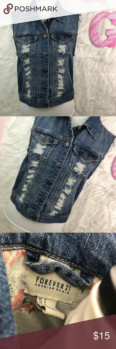 Forever 21 Denim Sleeveless Jacket Women's Forever 21 Denim Sleeveless Jacket Women's Size Small  Bust- Open, button front Length- 20 inches Forever 21 Jackets & Coats Jean Jackets