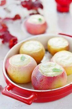 Отличный десерт и полезное блюдо Печеные яблоки с творогом настолько элементарное блюдо, что приготовить их может даже ребенок или оче...