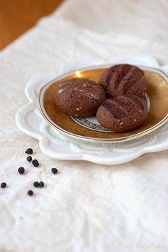 Mimi's Fairy Cakes: Sesam-Pfeffer-Plätzchen (für nach dem Weihnachtsessen)