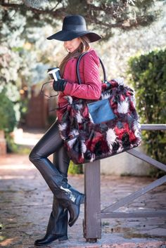 Are you ready for the weekend! perfect get the look! Get The Look, Style Guides, Personal Style, Leather Pants, Blazer, Bags, Fashion, Handbags, Moda