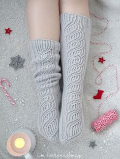 Knitting Socks, Leg Warmers, High Socks, Photography, Fashion, Tejidos, Knit Socks, Leg Warmers Outfit, Moda
