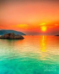 Sunset over the sea - Con Dao, Vietnam:
