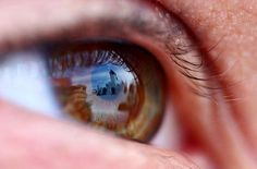 Corneal Imaging Photo Process Reveals the Hidden, Reflected 'World in an Eye' « Photography