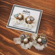 *ピアス&イヤリング* 冬のイメージで作ってみました♩ 今週末のイベントに持って行きます^ ^ #handmade #刺繍 #ビーズ刺繍 #刺繍ピアス #刺繍イヤリング #nico. Fabric Jewelry, Diy Jewelry, Handmade Jewelry, Jewelry Making, Beaded Embroidery, Embroidery Stitches, Okuda, Textiles, Clay Earrings