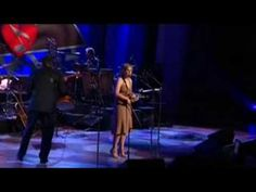 Alison Krauss sings James Taylor song, Carolina in my Mind