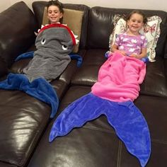 Blankie Tails - Mermaid tail blankets, shark blankets & more! Boy Mermaid Tails, Mermaid Tail Blanket, Shark Tail Blanket, Sewing For Kids, Baby Sewing, Teenager Stocking Stuffers, Kids Sleeping Bags, Crochet Baby Cocoon, Baby Boy Blankets