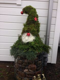 Scandinavian Christmas gnomes are easy and cheap DIY Christmas yard decorations! We show you how to make easy evergreen gnomes for porch, Diy Christmas Yard Decorations, Christmas Porch, Christmas Gnome, Christmas Projects, Winter Christmas, Christmas Wreaths, Christmas Ornaments, Holiday Decor, Christmas Nails