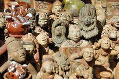 7 dôvodov prečo navšíviť Ekvádor Bungee Jumping, Ecuador, Garden Sculpture, Milan, Buddha, Statue, Outdoor Decor, Bucket, Art