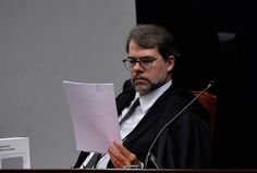 O responsável pela denúncia é o procurador da Fazenda Nacional Matheus Faria Carneiro, que ressaltou que realizou o ato na condição de cidadão, não em função de seu cargo